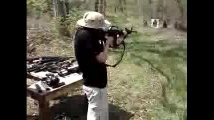 Стреляне С M16