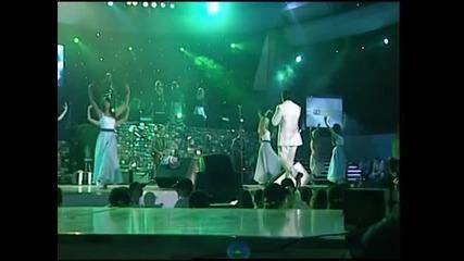 Zdravko Colic - Ao, nono bijela - (LIVE) - (Beogradska Arena 15.10.2005.)