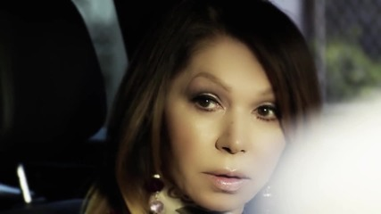 2014 Neda Ukraden - Zovite svirace (official video) + Превод