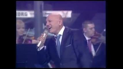 Saban Saulic - Ti me varas najbolje - (Live) - (Sava Centar 2012)