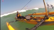 Силен вятър, големи вълни и един тримаран.
