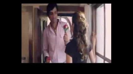 Aashiq Banaya Aapne S Bg Prevod