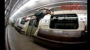 Стилна тренировка в метрото и разни трикове на лост!