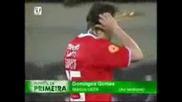 една тъжна история Футболист Умира по време на Мач
