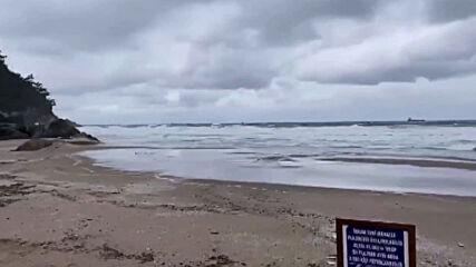 Turkey: Rescue operation underway as Russian-flagged cargo ship sinks in Black Sea