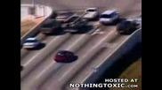 Идиот Бяга От Полицията И Скача От Мост