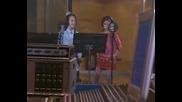 Mis Adorables Vecinos - Sheila i Bea : Las Chicas Son Guerreras (videoclip)