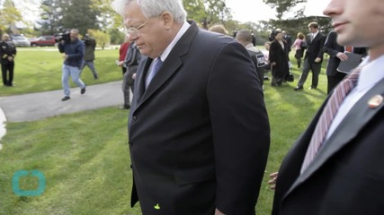 Hastert to Make 1st Court Appearance In Hush Money Case