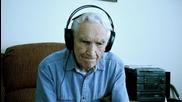 Любовна песен на 96-годишен мъж за покойната му съпруга трогна света