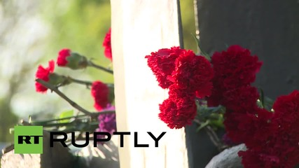 Russia: 'Night Wolves' protest German Embassy by erecting huge Soviet War memorial