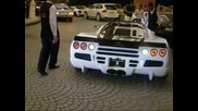 Неизвестна супер кола в Дубай