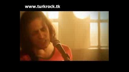 Duman - Elleri Ellerime 2010 Yeni Klip