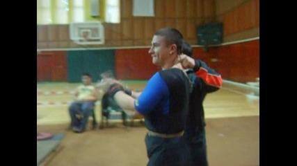 Ростислав - Републикански рекорд на лега 226 кг в кат. до 82, 5 кг