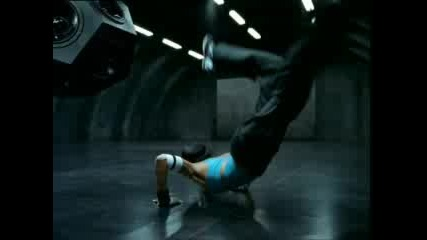 Nike - Woman Breakdance