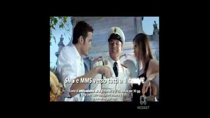 Adriana Lima - Tim Tutti Commercial