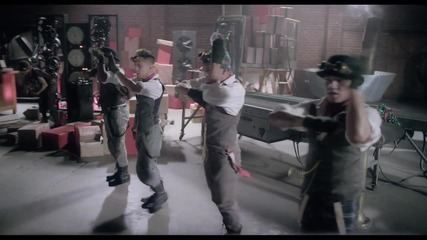 Премиера! Justin Bieber - Santa Claus Is Coming To Town + Превод