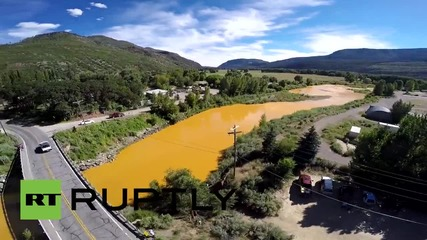 USA: Drone shows ORANGE Animas River after 1m gallon contamination