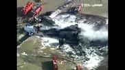 Товарен самолет катастрофира на японско летище