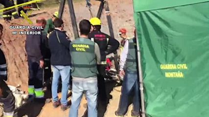 Spain: Search for toddler trapped in well enters 6th day