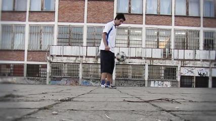 Младенов - Air Moves 2011