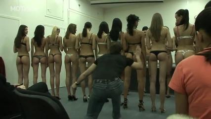 Гледайте как се прави кастинг за манекенки в Русия! Кой не би искал да е в журито а!