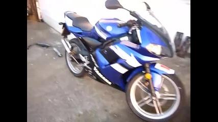 Yamaha tzr 50 2010 sound