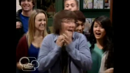 """Магьосниците от Уейвърли Плейс - сезон 3 епизод 12 """" Dude Looks Like Shakira"""