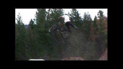 Mountain Bike - Graham Agassiz - Jumps