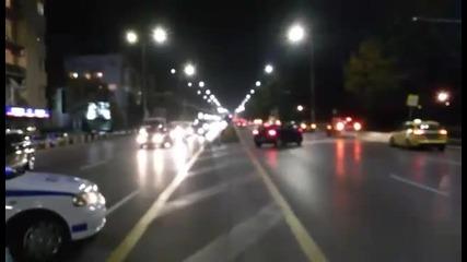 Полицията е отцепила пътя към Орлов мост, от Цариградско шосе се прави обратен завой