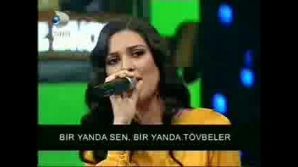 Berguzar Korel пее :)