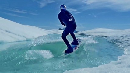 Уейк-борд в ледения океан