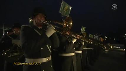 Оркестър в Германия изпълнява Smoke оn the Water