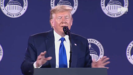 USA: Trump defends Syria withdrawal at DC conservative summit