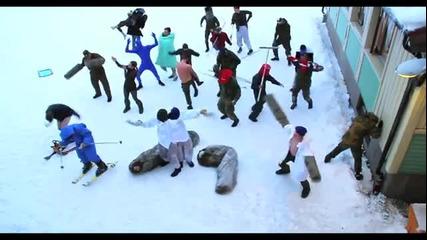 Войници играят на Harlem Shake