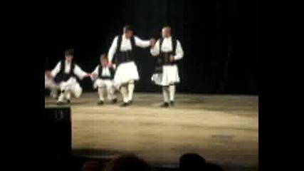 Танцовият състав към КПДК - гр. Казанлък