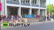 Germany: See epic queue of 'Homeland' casting hopefuls in Berlin