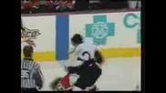 Голям бой в мач по хокей от NHL