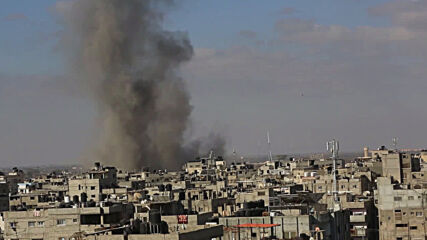 State of Palestine: Israeli air force bomb building in Rafah