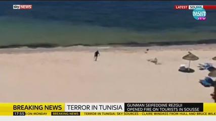 Атака от терорист, в Тунис на плажа