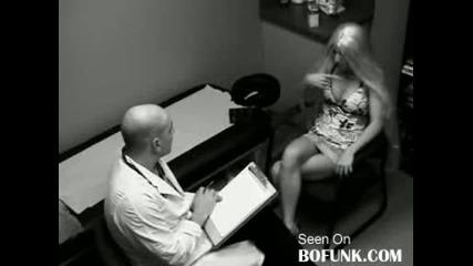 Блондинка И Доктор! Хахаха!