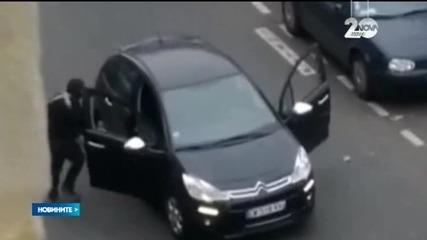 """Трима са заподозрени за нападението в редакцията на """"Шарли Ебдо"""""""
