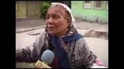Тази бабка е лудаа ! ( смях )
