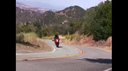 Mulholland Hwy California Suzuki Hayabusa, Honda Cbr600f4/rr