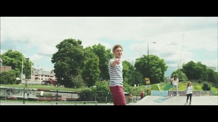Olly Murs & Rizzle Kicks - Heart Skips a Beat (music*)