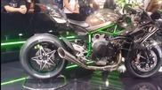 Нoвият звяр на колела: Kawasaki Ninja H2r 2015 walk around