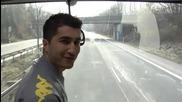 Страхотно Изпълнение на футболистите на Борусия Дортмунд в автобуса им!!!