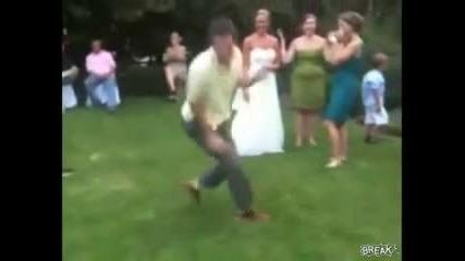 танц с трагичен краи !! (смях)