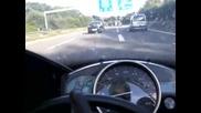Лудост с 299 километра в час Yamaha R1