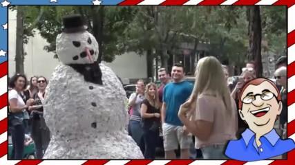 Страшният снежен човек плаши хората!