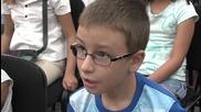 Десетки деца се събраха в столична работилничка за творческо писане